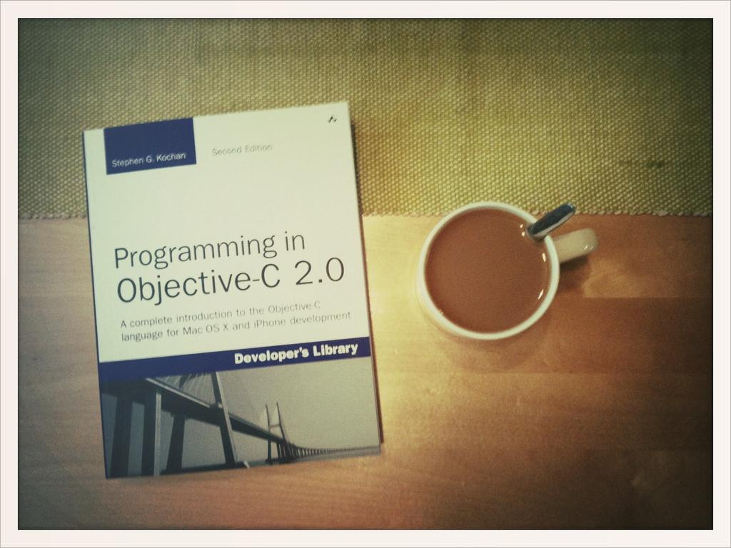 [試] iOSアプリ開発のための参考書籍 | iOSアプリ開発未経験者がアプリリリースを目指して
